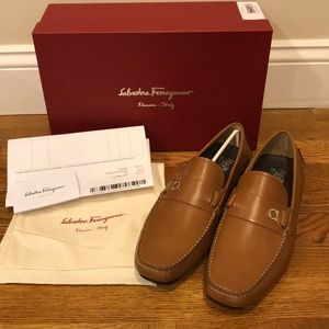NWT New Salvatore Ferragamo Leather Driving Shoes